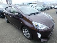 Used Toyota AQUA