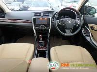 Toyota PREMIO 2016