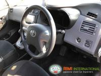 Toyota MARK X ZIO 2012